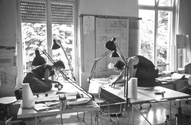 Ingeborg Kuhler - Mitarbeiterinnen im Büro: Ruth Jureczek/ Irene Keil Foto: Marina Auder