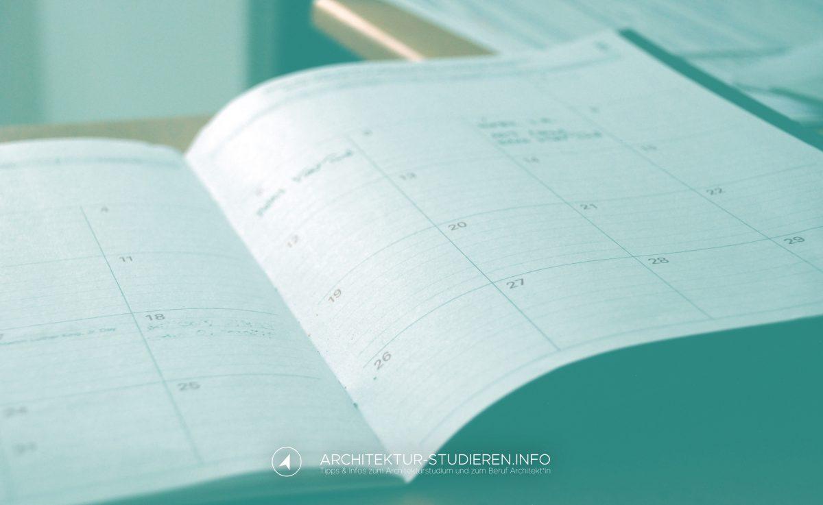 Über die Informationen, die du zu den Orientierungstagen bzw. zur Einführungsverantstaltung bekommst. Und deinen Stundenplan | Architektur-studieren.info