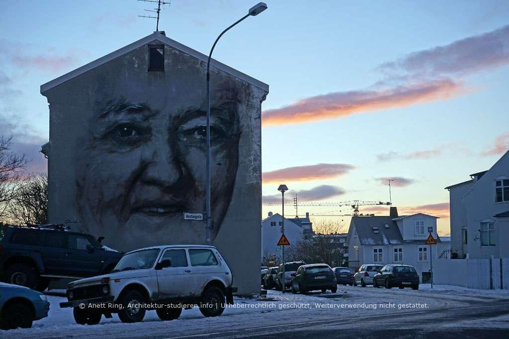 Graffiti in Reykjavík von Guido van Helten | © Anett Ring, Architektur-studieren.info und Stadtsatz.de [Urheberrechtlich geschütztes Werk. Weiterverwendung nicht gestattet.]